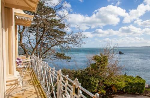 Last Minute Cottages - Balcony Belle 15B