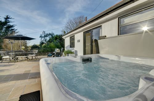 Last Minute Cottages - Excellent Croyde Lodge S133354