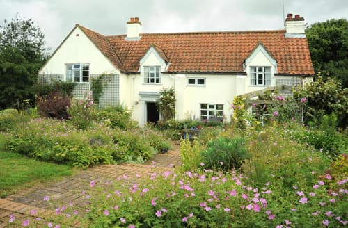 Last Minute Cottages - The Old Mill House