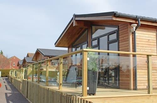 Last Minute Cottages - Excellent Devizes Lodge S133529