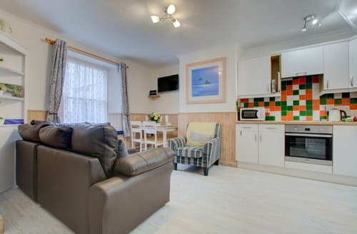 Last Minute Cottages - Tenby Retreat