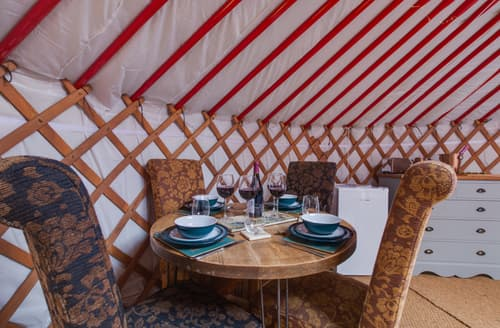 Last Minute Cottages - Lapwing Yurt