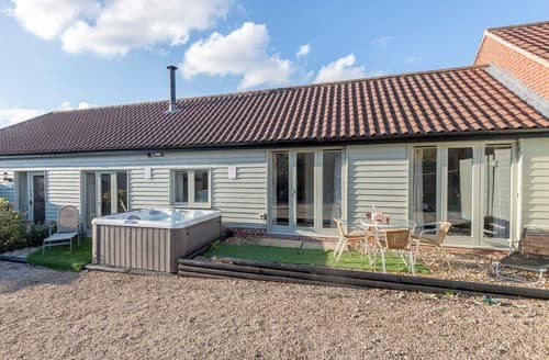 Last Minute Cottages - Delightful Fakenham Cottage S125048