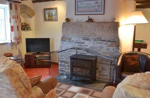 Last Minute Cottages - Haycombe Cottage