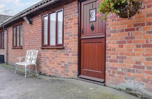 Last Minute Cottages - Captivating Fakenham Cottage S124107