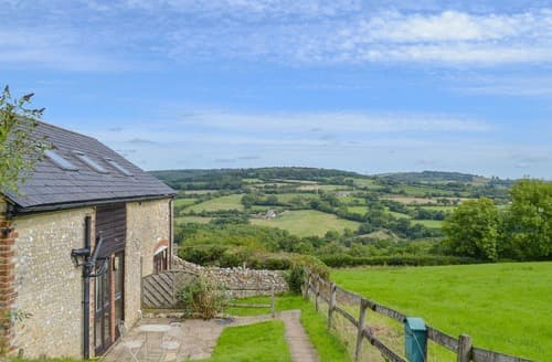 Last Minute Cottages - The Stables - UKC3749