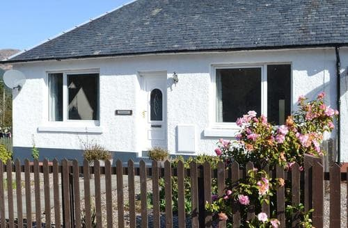 Last Minute Cottages - Beautiful Glencoe Cottage S80444