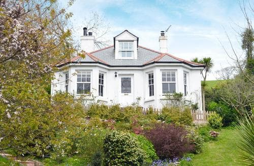 Last Minute Cottages - Quaint Mevagissey Cottage S50606