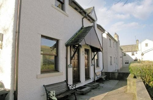 Last Minute Cottages - Charming Keswick Cottage S18535