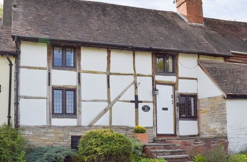 Last Minute Cottages - Captivating Alcester Cottage S122025