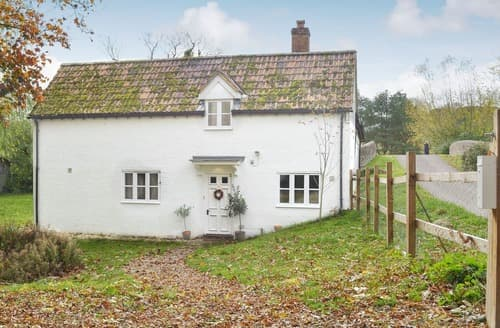 Last Minute Cottages - Charming Marlborough Cottage S125754