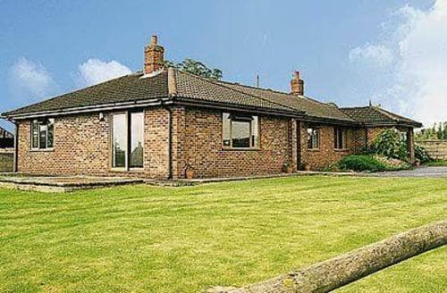 Last Minute Cottages - Gorgeous Westbury Cottage S13763