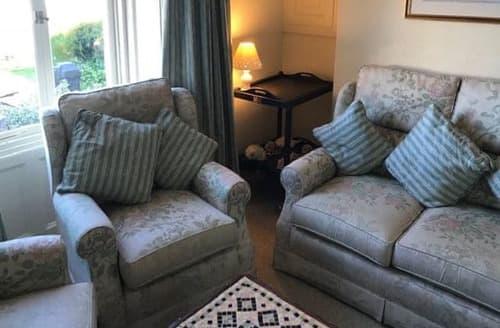 Last Minute Cottages - Superb Brixham Apartment S125408