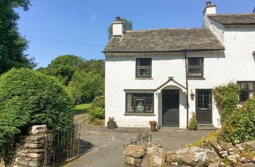 Last Minute Cottages - Burrow House