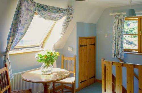 Last Minute Cottages - Excellent Stroud Cottage S16307