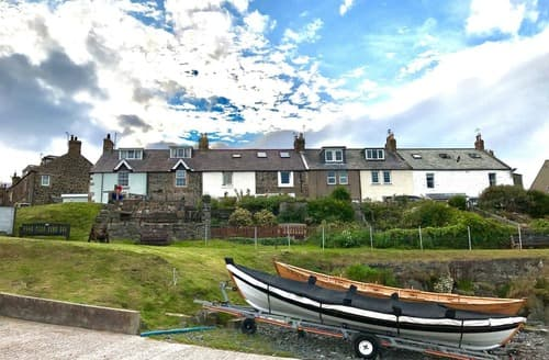 Last Minute Cottages - Attractive Craster Cottage S14540