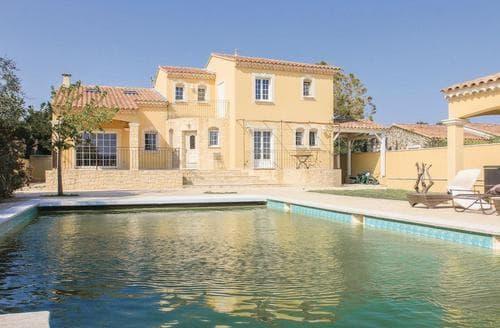 Last Minute Cottages - La Villa Jaune