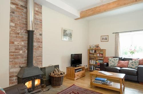 Big Cottages - Superb Chippenham Cottage S13695