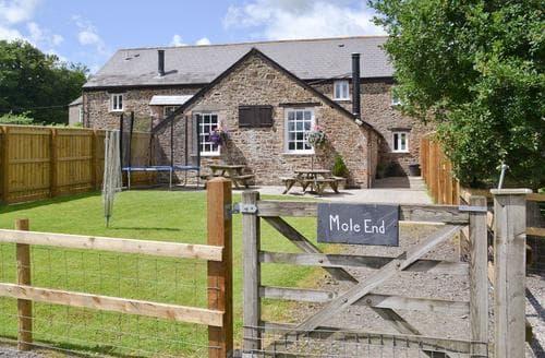 Last Minute Cottages - Mole End