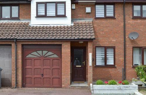 Last Minute Cottages - Delightful Wroxham Cottage S60330