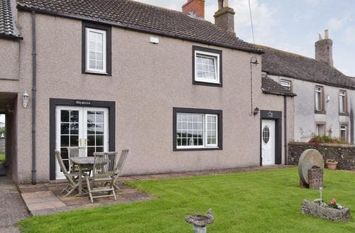 Last Minute Cottages - Holmlea