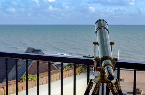 Dog Friendly Cottages - Superb Hastings Apartment S69708