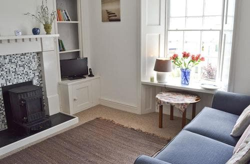 Last Minute Cottages - Captivating Penzance Apartment S60994