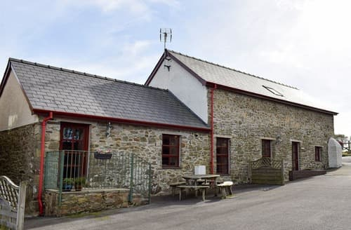Big Cottages - Wonderful Cardigan Cottage S21554