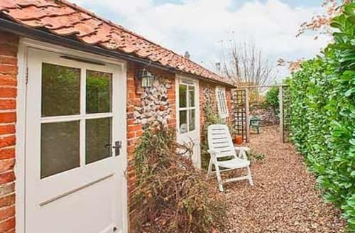 Last Minute Cottages - Attractive Dereham Cottage S17135