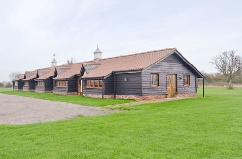 Last Minute Cottages - Charming Colchester Cottage S18092