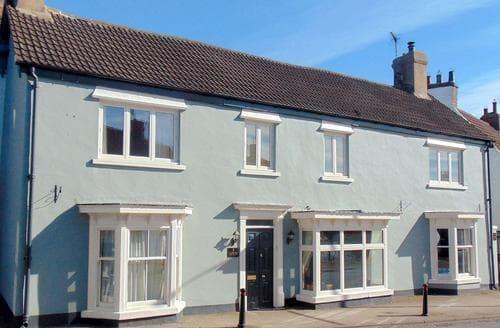 Last Minute Cottages - Durham House