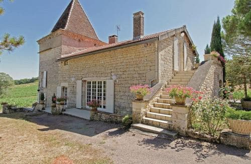 Last Minute Cottages - Le Mazet