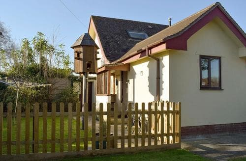 Last Minute Cottages - Inviting Wareham Cottage S74705