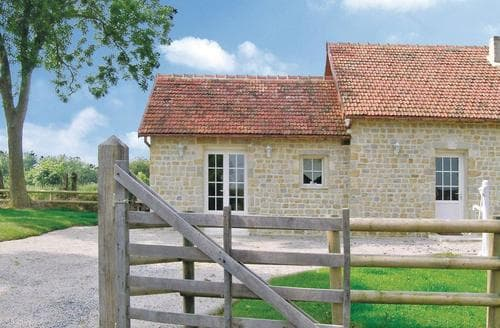 Last Minute Cottages - La Cambe