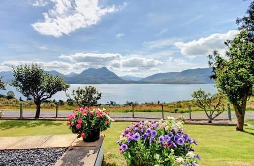 Last Minute Cottages - Superb Strathcarron Cottage S22862