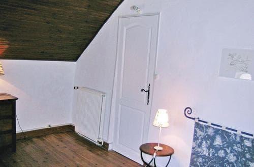 Last Minute Cottages - Manoir De La Sainte