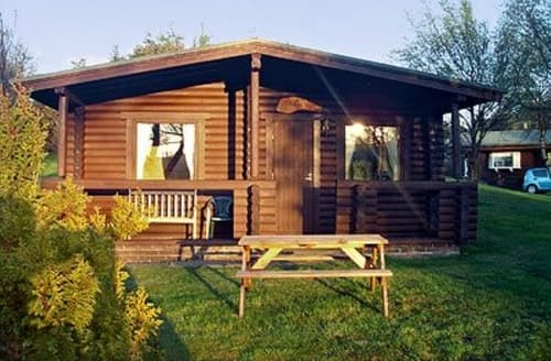 Last Minute Cottages - Gorgeous Rothbury Lodge S25066