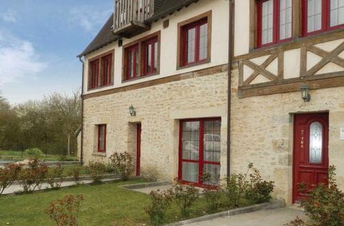 Last Minute Cottages - Luxury Alencon Apartment S118661