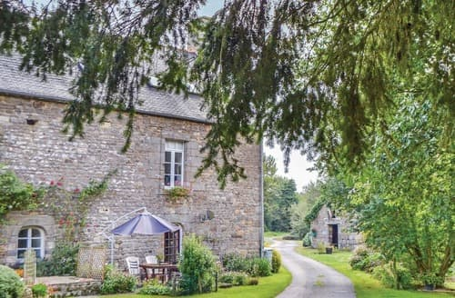 Last Minute Cottages - Inviting Combourg Cottage S117122