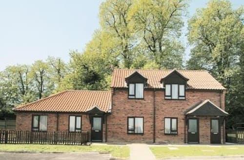 Last Minute Cottages - Beautiful Norwich Cottage S17576