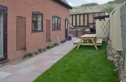 Last Minute Cottages - Sand Dune Cottage