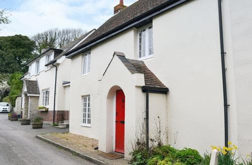 Last Minute Cottages - Red Lion Cottage