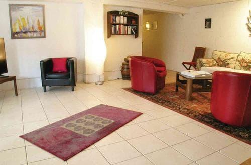 Last Minute Cottages - Delightful St Jean De Luz Apartment S119384