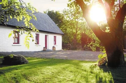 Last Minute Cottages - Charming Oughterard Cottage S23964