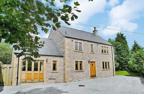 Last Minute Cottages - Devonshire House
