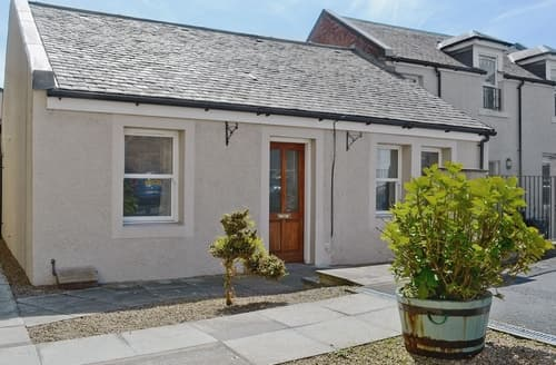 Last Minute Cottages - The Coachhouse