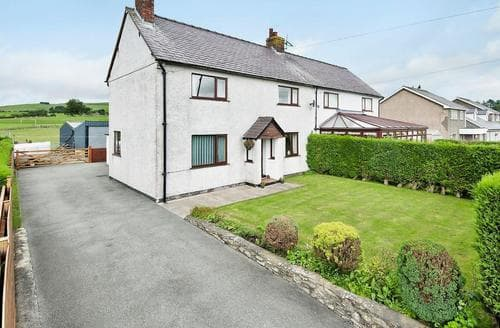 Last Minute Cottages - Bryn Awen