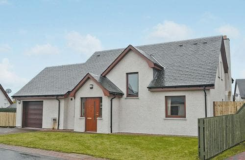 Last Minute Cottages - Cosy Aviemore Cottage S22660