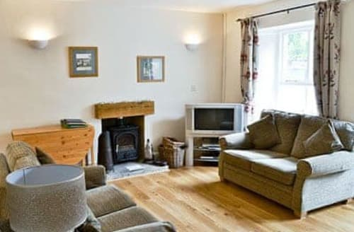 Last Minute Cottages - Coach House Cottage