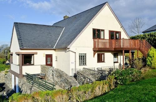 Last Minute Cottages - Ty Heddlu Sea View Ground Floor